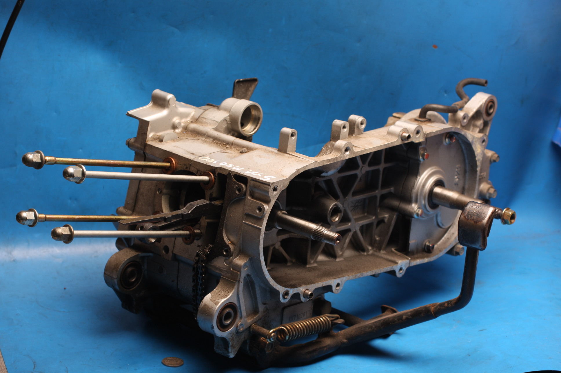 crankcases and bottom end used for Mio100