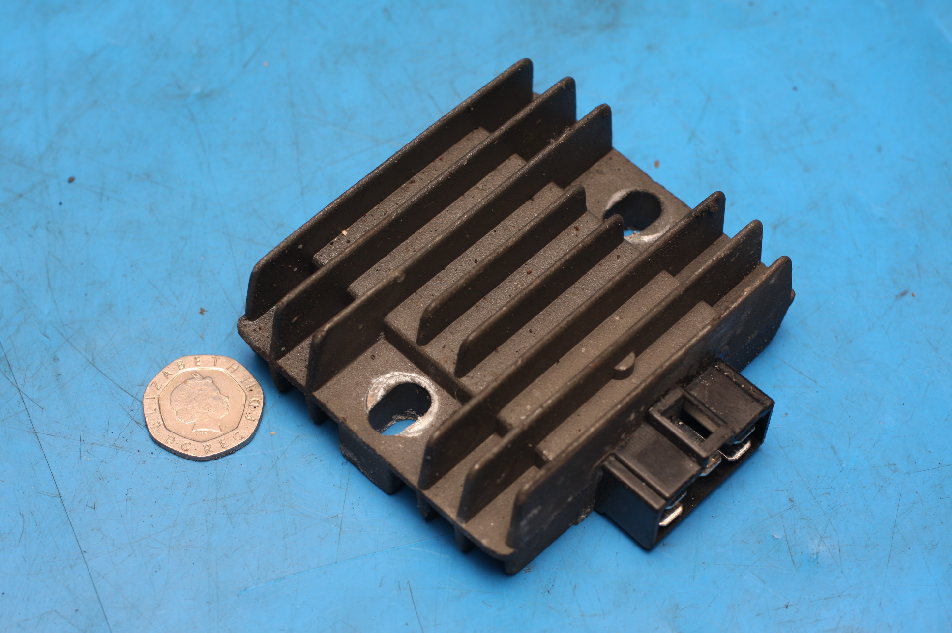 Regulator rectifier used Sinnis Matrix2