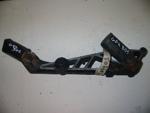Footrest hanger right hand Kawasaki GPZ305