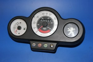 Clocks / Speedo used Peugeot Speedfight50