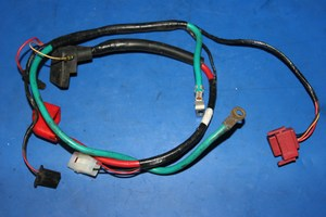 Assorted battery leads