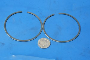 Piston rings new Kawasaki KE 175