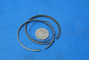 Piston rings new standard genuine Yamaha RD250 for one piston