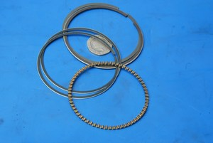 Piston rings new Suzuki GS400 / GS750 engine set new