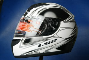Full face Gloss White Black helmet model FF351.7 by LS2 new S
