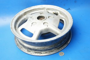Rear wheel Piaggio Vespa Sfera125 used