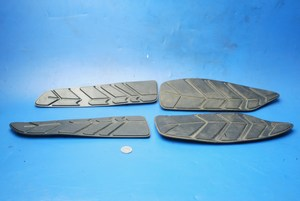 Footboard rubbers SYM GTS125 used
