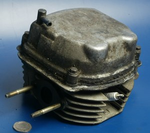 Cylinder head complete Kymco Heroism 125 used