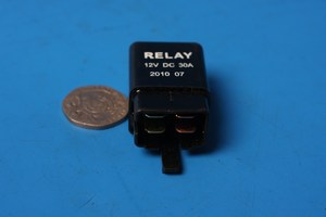 Starter Solenoid / Relay 12v 30 Amp 4 Pin Male Connector 714230