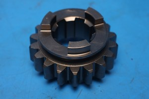 Gear layshaft 3rd Norton Classic Commnder and Interpol2 69-0739