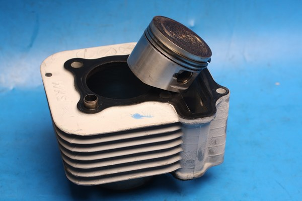 Cylinder cylinder barrel and piston kit used Sym MIo100