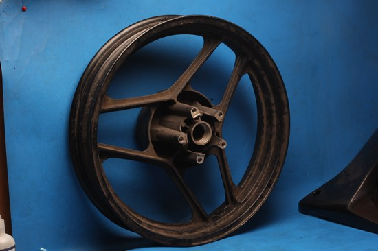 Rear wheel suzuki GSXR750 slab side new old stock