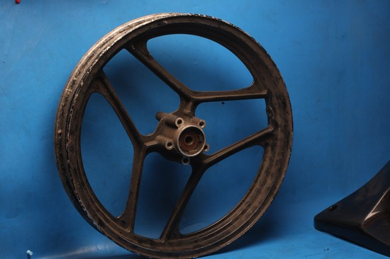 Front wheel suzuki GSXR750 slab side used