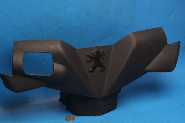 Handlebar surround panel front used Peugeot Ludix 50cc