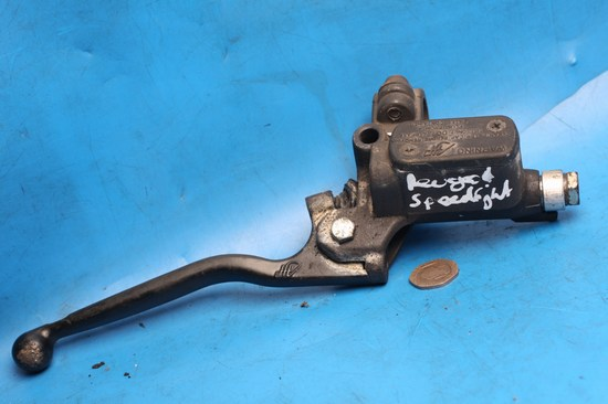 Front brake master cylinder used Peugeot Speedfight100