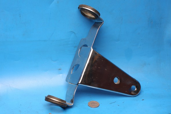 Headlight mounting bracket R/Hand Used Suzuki EN125