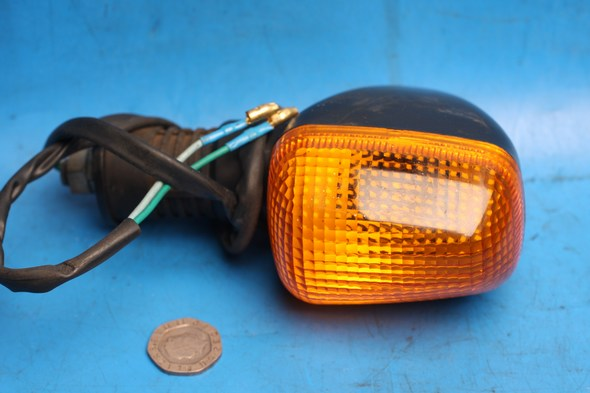 Front right hand indicator Used Suzuki EN125