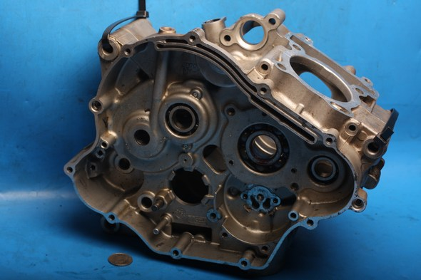 Crankcases matched pair used YZFR125
