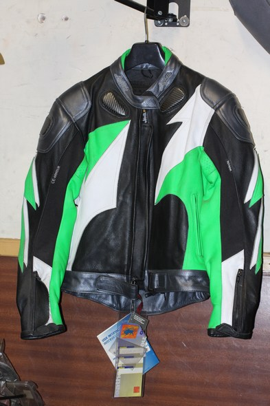 Buffalo jaguar motorcycle jacket green size 10