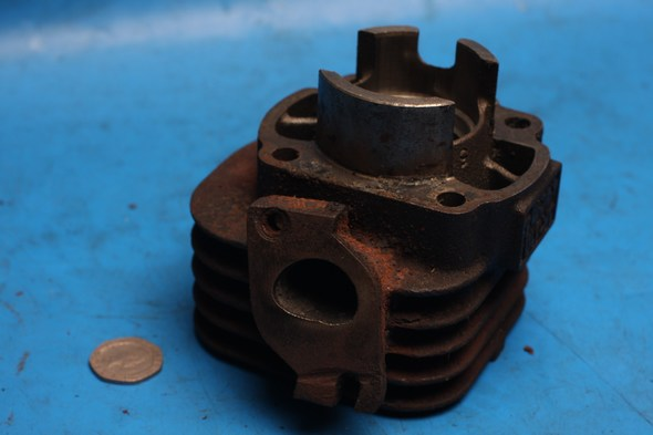 Cylinder barrel and piston used yamaha jog 50