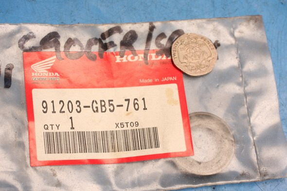 Oil seal transmission genuine honda CRF50F CRF70F new
