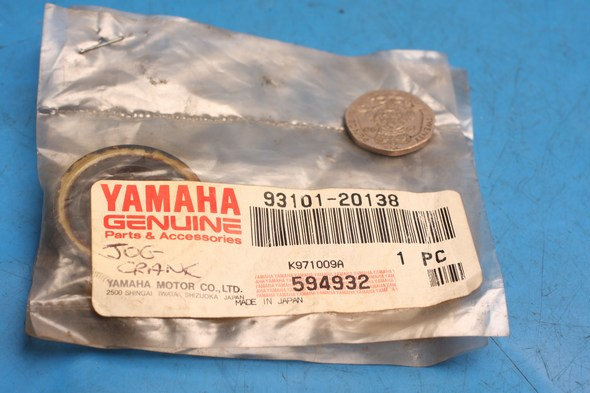 Oil seal crank genuine yamaha fits multiple models new