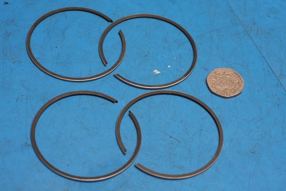 Piston rings for 2 pistons suzuki GT250A 1.0mm oversize