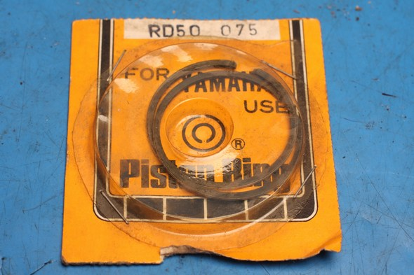 Piston rings new Yamaha DT50 / RD50 0.75mm oversize
