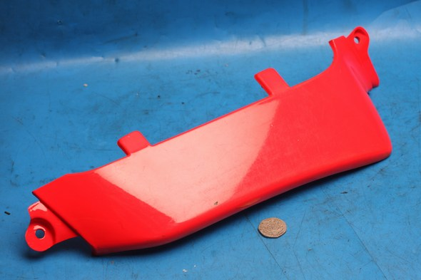 Right hand front wing red malaguti crosser CR1 used