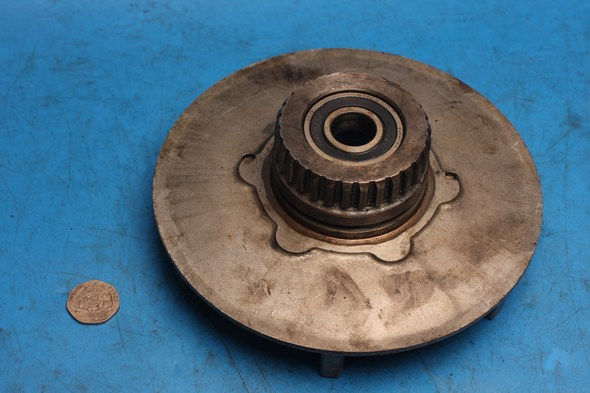 Rear wheel drive plate and bearing Norton used