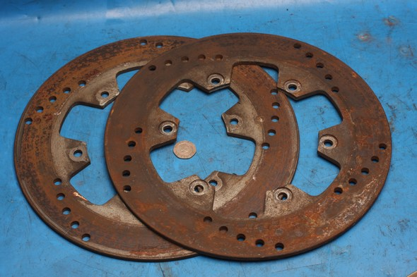 Brake discs pair front Norton 29L-25831-00 / 10 used