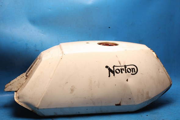 Petrol fuel tank Norton 92-1304 used