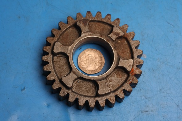 Gear 3rd 29T Drive Used 36M-17231-00 norton F1/ F1 sports