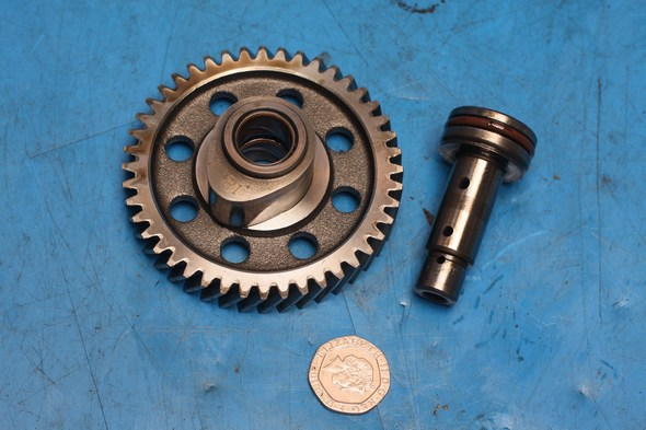 Camshaft timing gear and shaft Keeway Superlight 125 used