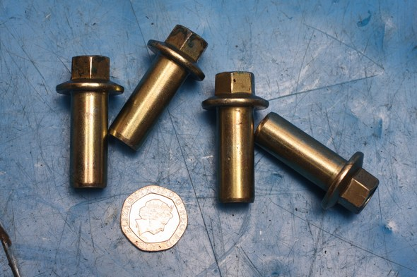 Cylinder head bolts Keeway Superlight 125