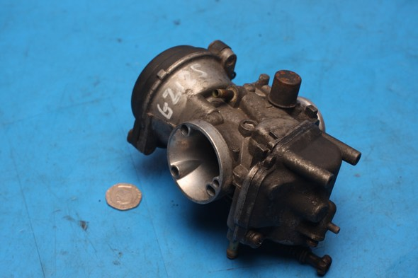 Carburettor Suzuki GZ125 used