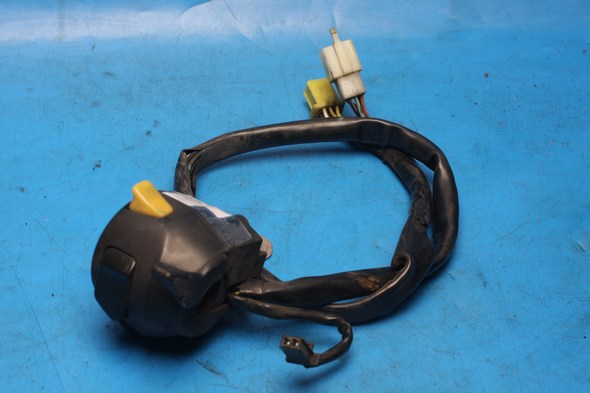 Switch gear left hand Suzuki GZ125 used