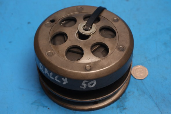 Centrifugal clutch rear pulley Aprilia Rally 50 used