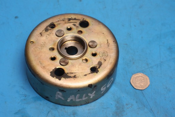 Flywheel Aprilia Rally 50 used