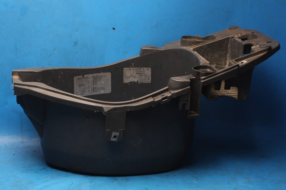 Seat bowl underseat box Piaggio Zip 50 used