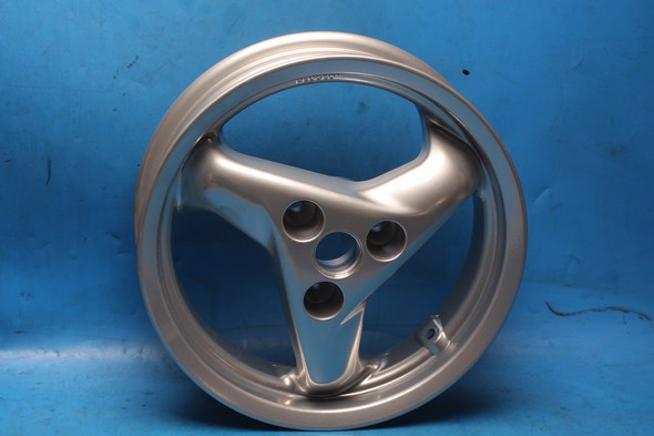 Wheel front silver Peugeot Speedfight new
