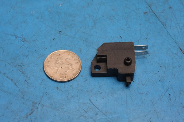 Brake light switch right hand front 726000