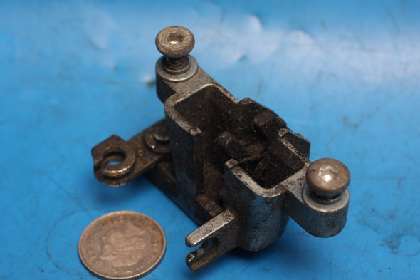 Seat locking latch Used Cygnus125