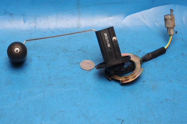 Petrol / Fuel gauge sender unit used Sym Jet4 125