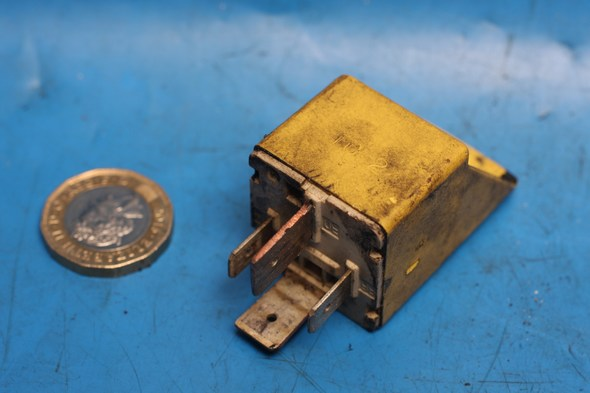 Indicator relay Used Piaggio Zip50
