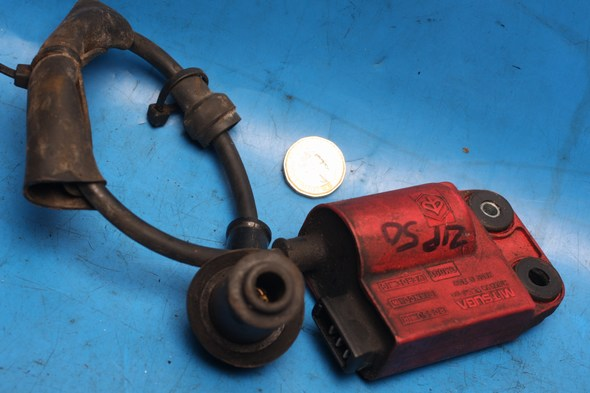 Ignition HT coil Three pin connector Used Piaggio Zip50