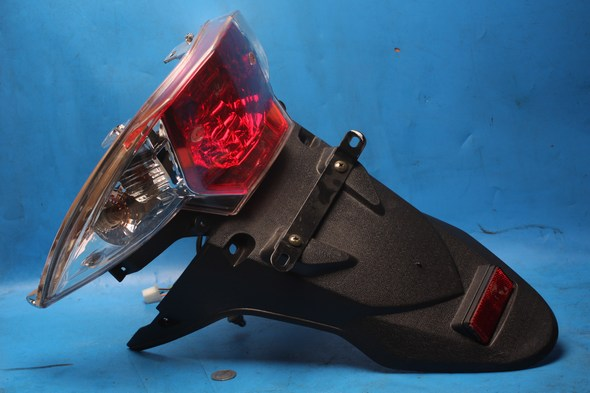 Rear tail stop light & mudguard Used Sinnis Shuttle125EFI