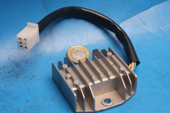 Regulator rectifier New for Motoroma Lambros125