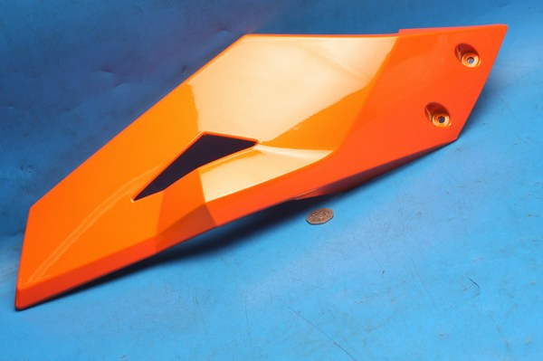 Petrol tank cowl upper right hand cover orange Generic Trigger50