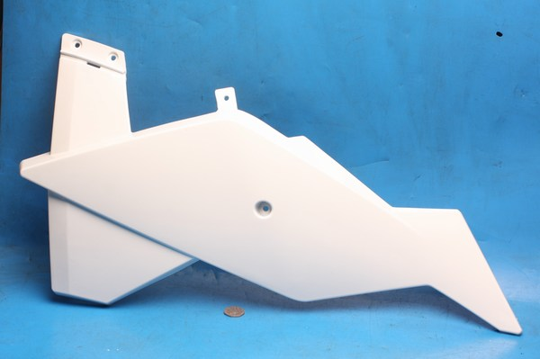 Petrol tank cowl lower left hand in white Generic Trigger50 all